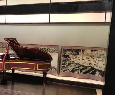 木村先生・美術館でリサイタルをする